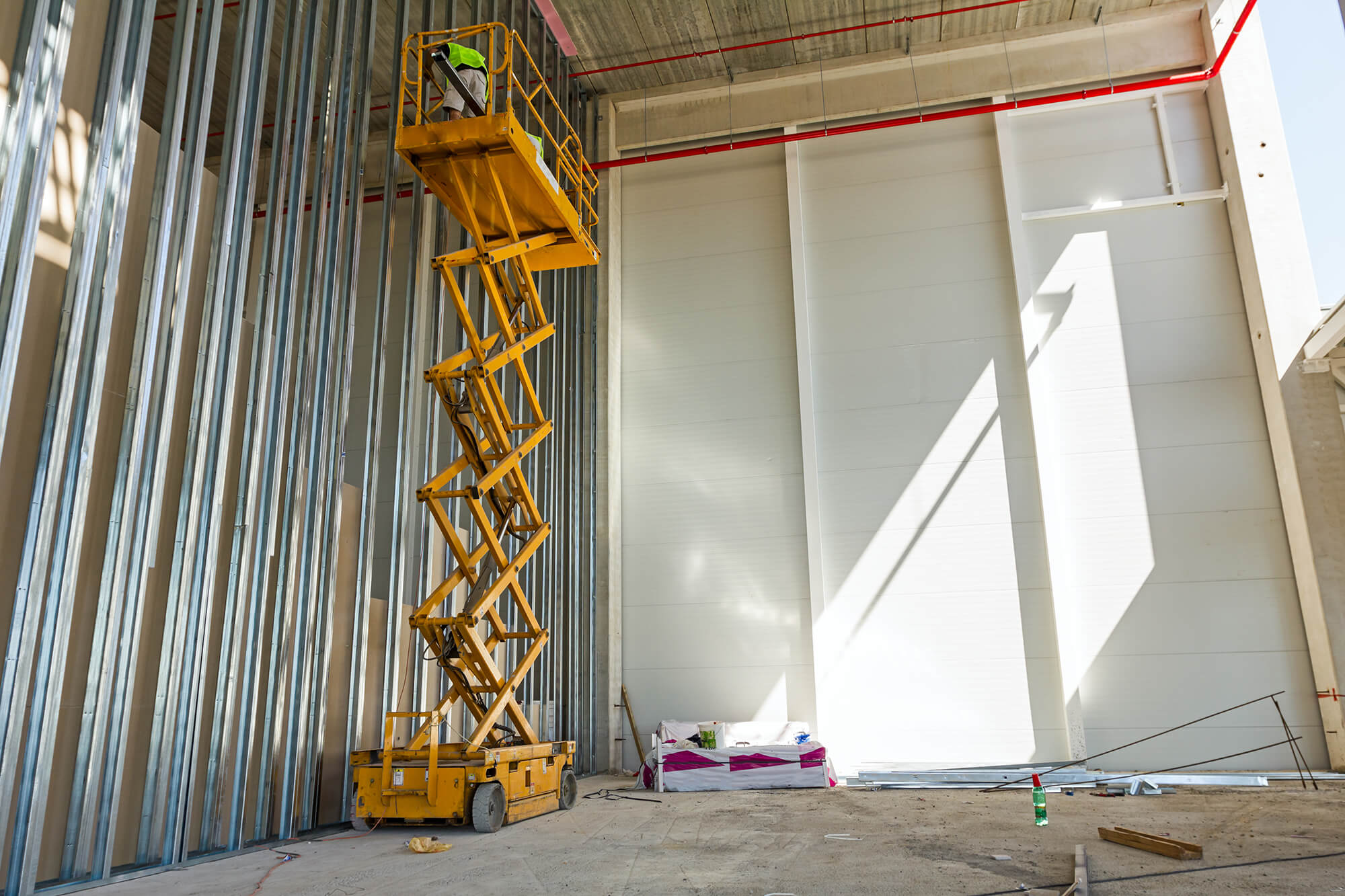 Fall prevention: safety standards for working at heights